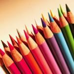 pastelky, barevné papíry
